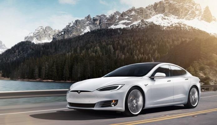 "Tesla-Model-S-2016-nam-trong-top-xe-o-to-dien-""hot""-nhat-hien-nay"