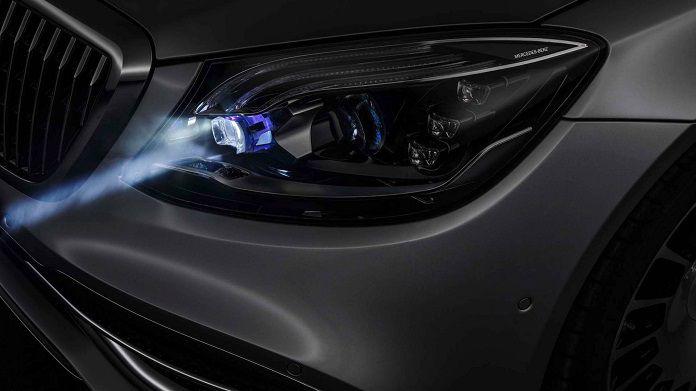 cong-nghe-den-pha-thong-minh-Digital Light-cua-Mercedes-Benz_compressed